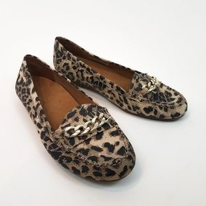 VIONIC Mesa Leopard Driving Loafers Size 9